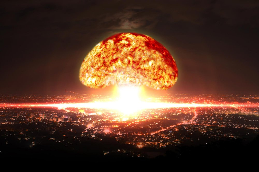 Nuclear-Bomb-Explosion-in-City.jpg